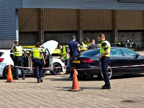 Grote controle langs A16: veertien auto's in beslag én vangst van 17.000 euro