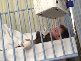 """Sterrenchef dringend op zoek naar plasma voor zoontje Aster (3): """"Een kind moet toch gewoon kind kunnen zijn?"""""""