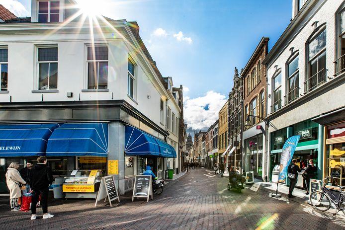 Het centrum van Deventer wordt steeds leger.