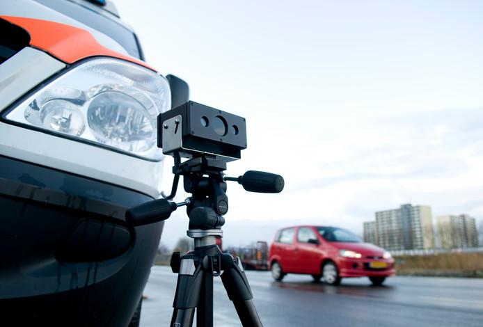 Een schild van zogeheten ANPR -camera's moet de criminaliteit in de gemeenten Vught en Heusden terugdringen.  foto Sicco van Grieken