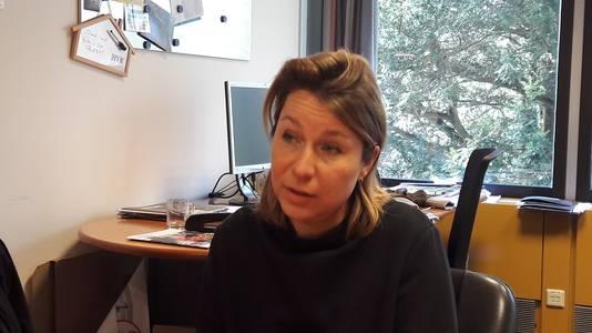 Nicolle Olland op haar werkkamer in De Steeg. ,,Ik voel me erg betrokken bij duurzaamheid. Die gedrevenheid kan ik ook op andere plekken uiten.''