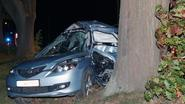 Bestuurder (20) sterft bij crash tegen boom