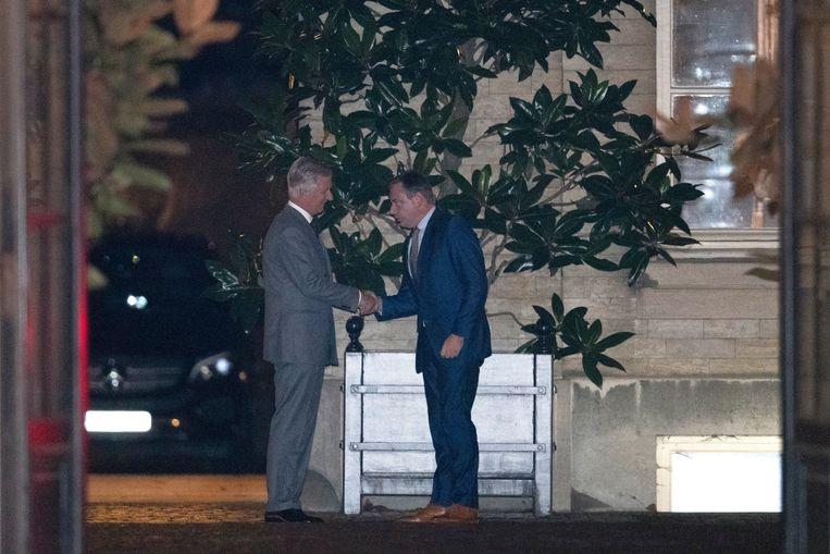 De koning met N-VA-voorzitter Bart De Wever vanavond.