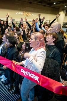 'Schatzoeken' is begonnen in Arnhem: populaire keten TK Maxx open in voormalige V&D