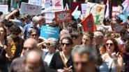 Tienduizenden mensen protesteren in Frankrijk tegen beleid van Macron