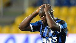 Lukaku scoort niet (en dat zal ploegmaat geweten hebben) maar Inter wint nog wel na beauty Gervinho