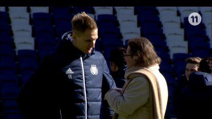"""Teodorczyk spreekt zowaar en vertelt wat Coucke hem zei voor de match tegen Moeskroen: """"Dat gaf me zo'n ongelofelijke boost van vertrouwen"""""""
