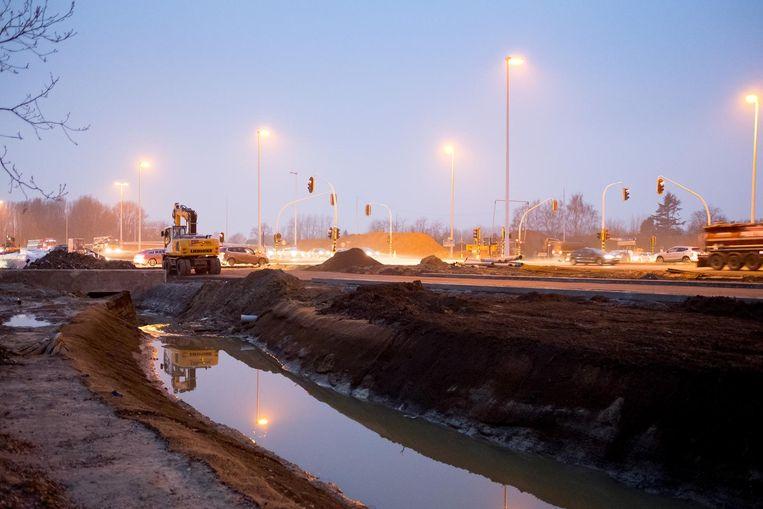 De werken aan de R6 op het kruispunt met de Liersesteenweg.