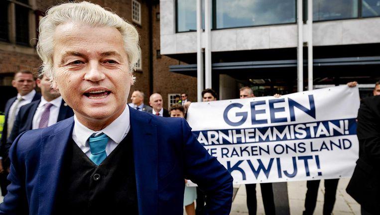 Geert Wilders voert actie tegen benoeming Ahmed Marcouch als burgemeester van Arnhem, 5 juli. Beeld anp