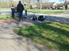 Scooter botst op vrachtwagen in Wageningen