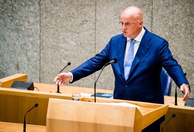 Minister Ferdinand Grapperhaus van Justitie en Veiligheid (CDA) tijdens het wekelijkse vragenuur in de Tweede Kamer. Beeld ANP