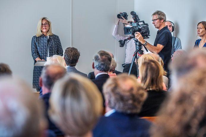 Minister Sigrid Kaag op bezoek bij het CIDI.