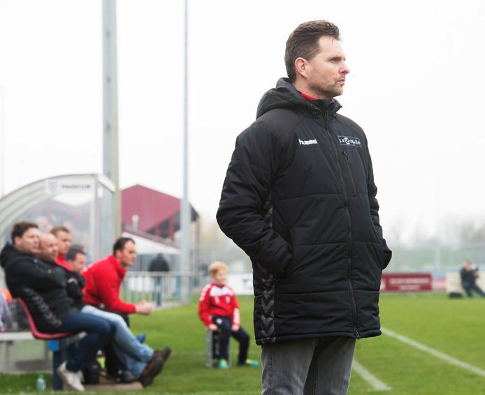 Antoine van Pelt, nu nog SV Capelle, is met ingang van komend seizoen trainer van vv Sleeuwijk.