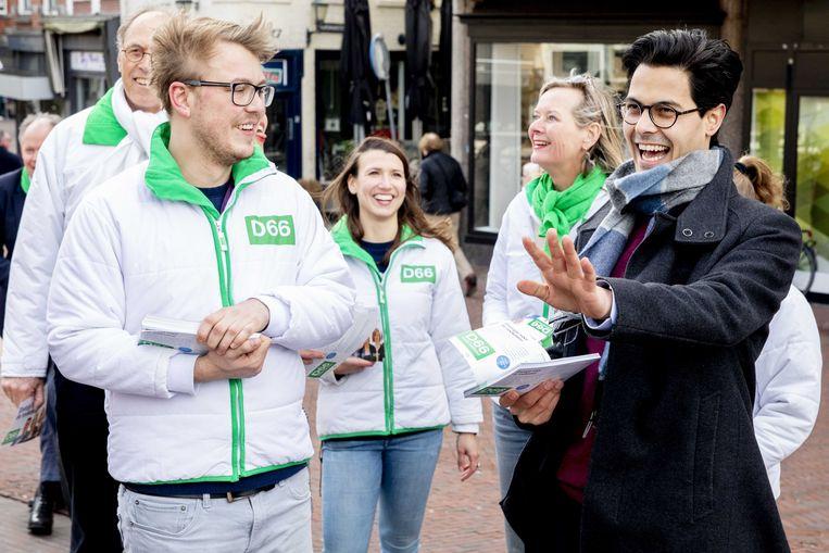 Fractievoorzitter Rob Jetten van D66 voert campagne in het laatste weekend voor de Provinciale Statenverkiezingen. Beeld null