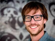 Giel Beelen maakt radioprogramma vanuit De Lantaarn in Hellendoorn