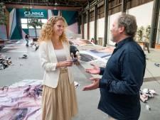 Overhandiging Petitie voor behoud kunstwerk BredaPhoto