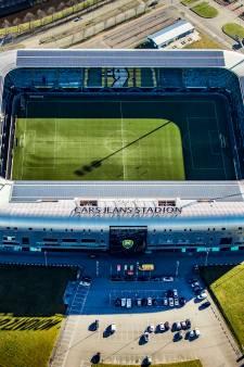 Ondanks de locatie, voel je de Haagse voetbalmagie
