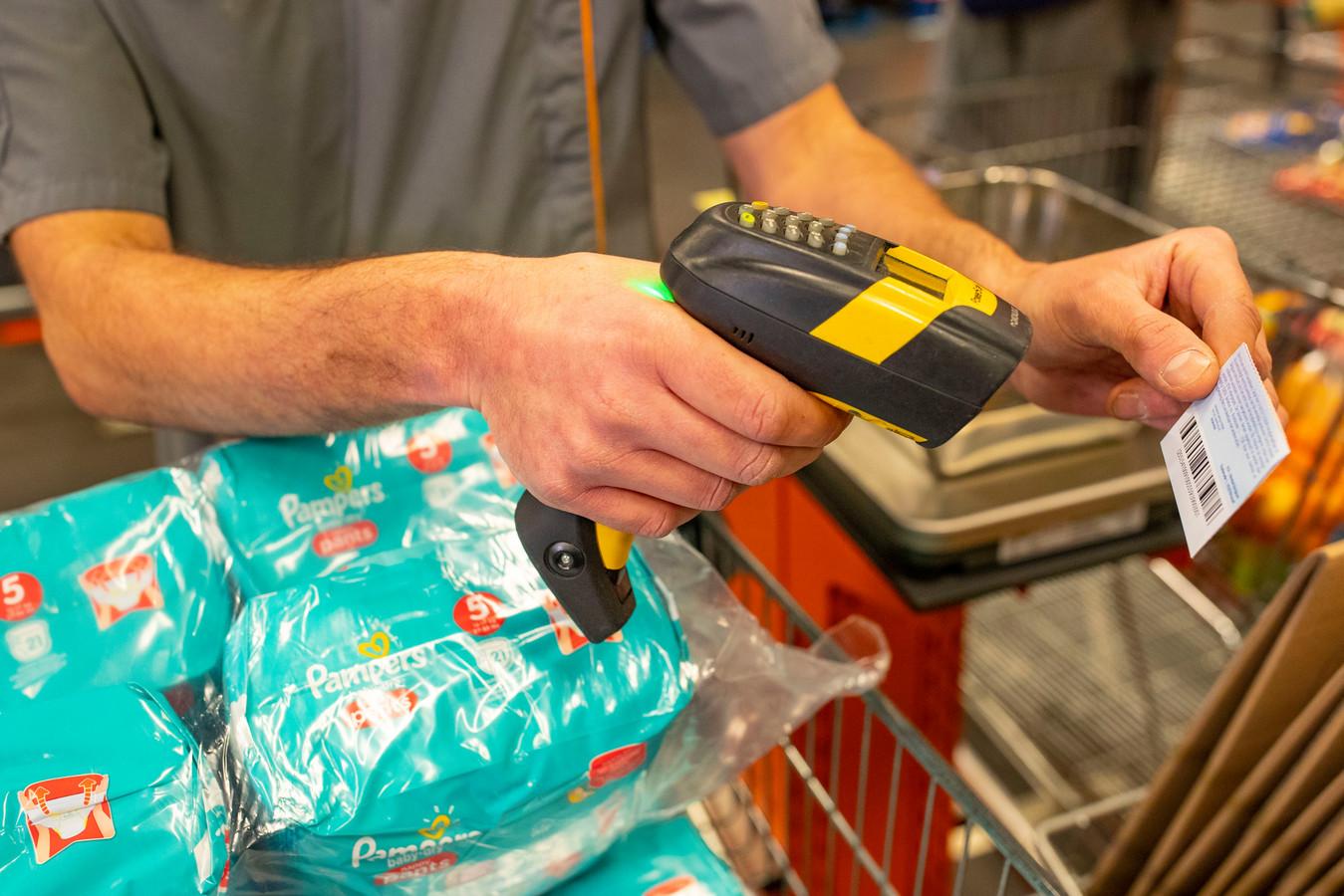 Colruyt est la première chaîne de grands magasins à mettre un terme à l'utilisation extrême de coupons de réduction à la caisse.