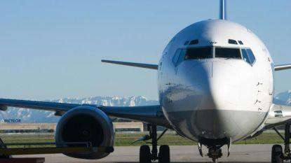 Vliegtuig raakt van landingsbaan op luchthaven Neurenberg