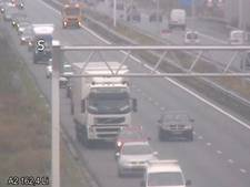 Problemen op A2 rond Eindhoven door ongeluk en stilvallen voertuig: weg weer vrij