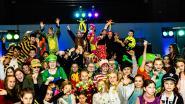 Jeugd uit Kluisbergen viert carnaval in de Brugzavel