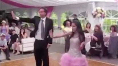 Deze vader-dochter dans maakt je dag goed!
