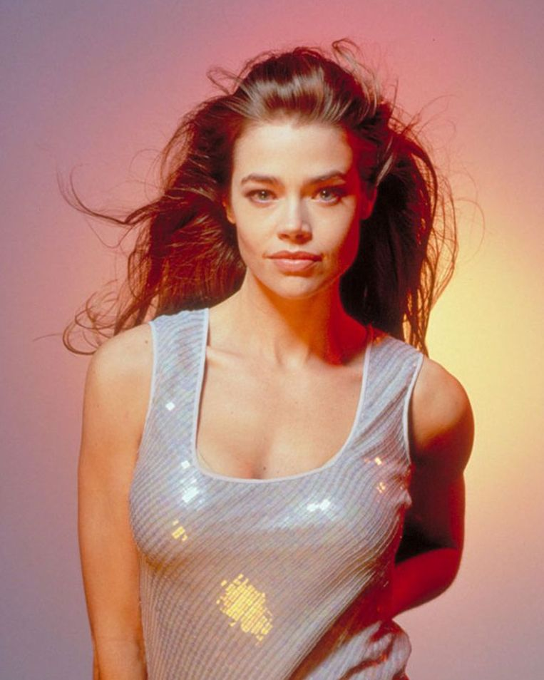 Denise Richards als dr. Christmas Jones in The world is not enough (1999) Beeld