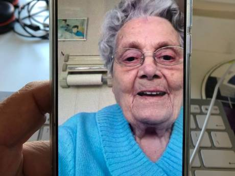 Digitale zorg neemt door corona enorme vlucht: 'Voor ouderen gaat een wereld open'