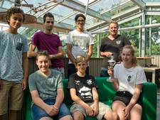 Tilburgse leerlingen winnen eerste prijs in landelijke wiskundewedstrijd