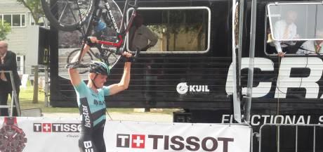 Havik wint nieuwe wielerronde op Eindhovense Campus, die naar meer smaakt