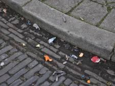 Man gooit betonnen stoeprand door ruit in Oosterhout om ex-vriendin te verwonden