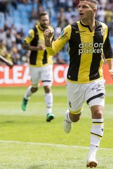 Vitesse laat geen spaan heel van zwak FC Groningen