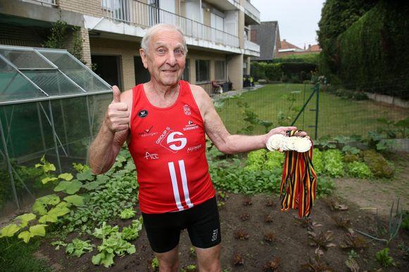 Jean-Pierre Van Impe (81) behaalde in verschillende atletiekdisciplines acht Belgische titels en reef ook twee provinciale titels binnen.