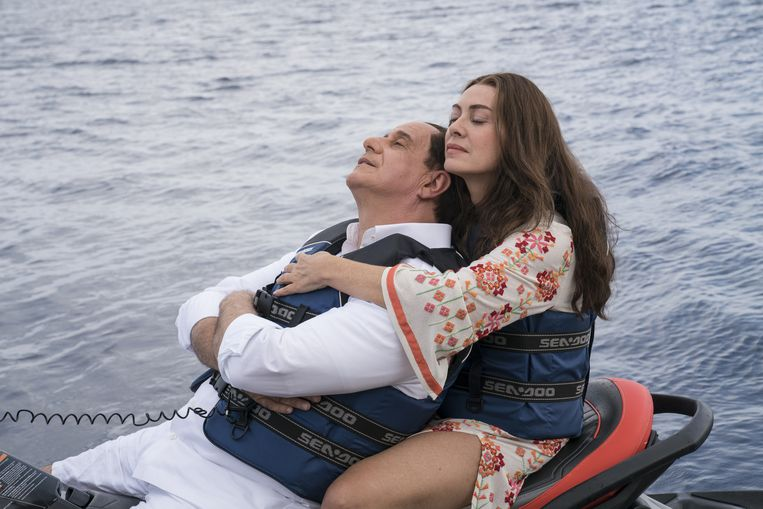 Toni Servillo als Silvio Berlusconi en Elena Sofia Ricci, zijn (inmiddels ex-)vrouw Beeld RV