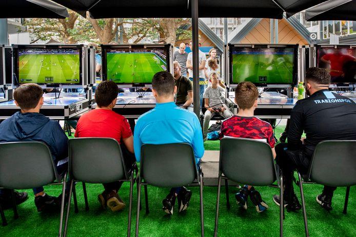 Vorig jaar werd er een groot FIFA-toernooi in Oosterhout gehouden, foto ter illustratie.