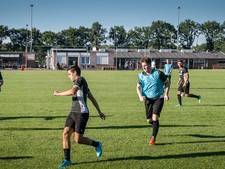 Voorbeschouwing amateurvoetbal: natuurgras en nieuwe trainers in de vijfde klasse