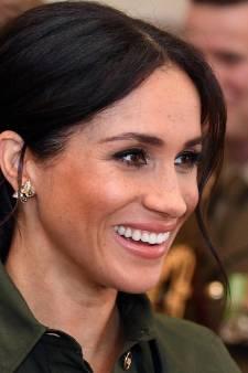 Zwangere Meghan eert prinses Diana met bijzondere sieraden