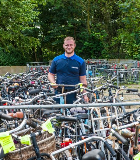Bijna 2300 'foute' fietsen naar depot
