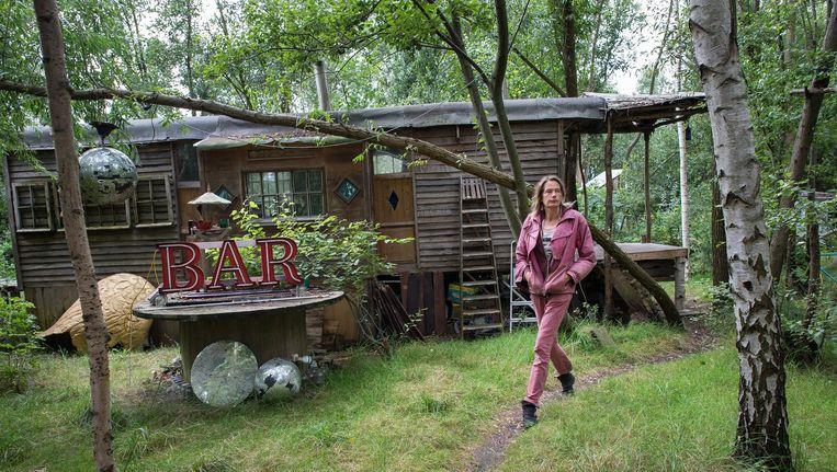 Bewoonster Suwanne Huijboom was er vanaf het eerste uur bij op het ADM-terrein in Westpoort Beeld Mats van Soolingen