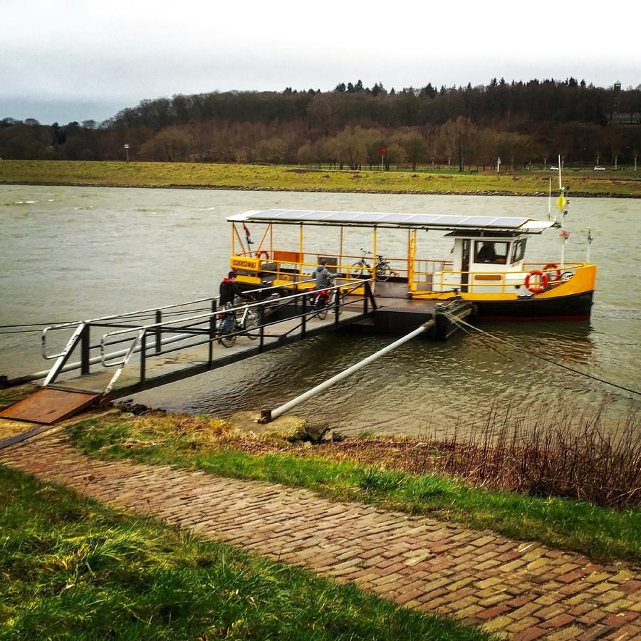 Het Drielse Veer gaat woensdag 1 juli weer varen tussen Driel en Heveadorp.