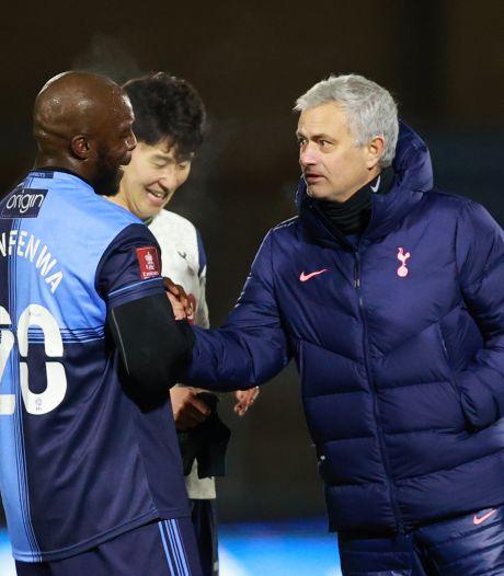 Carrièreswitch voor Mourinho? Wycombe-coach wil Portugees in band: 'Als tamboerijn-speler'