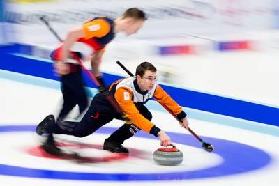 curlingmannen-openen-ek-met-winst-op-engeland