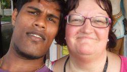 """Ik dacht dat hij me graag zag"": Diane (60) gaf al haar spaargeld uit aan jongere man (26) in Sri Lanka en kreeg deksel op de neus"