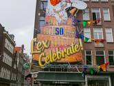 Jarige Willem-Alexander doet dab op gevel Blaffende Vis