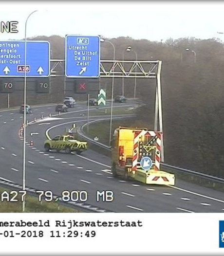 Afrit De Uithof op A28 weer open na ongeval