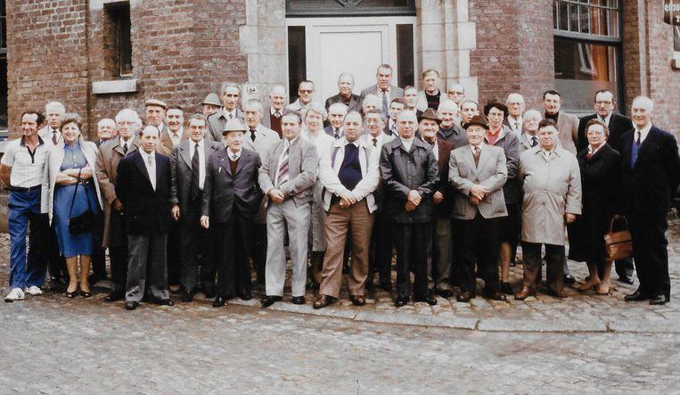 Ex werknemers van Loriers kwamen exact 35 jaar geleden nog samen voor de huldiging van brouwerij-ingenieur Thomas.