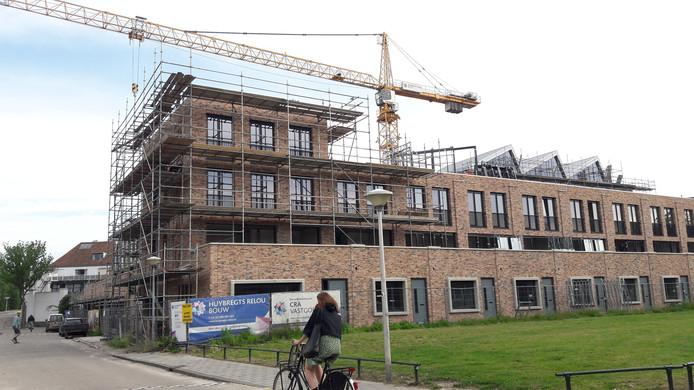 De stadswoningen aan de Havenstraat in het plan DOK40 van CRA Vastgoed, Wilma en Architecten aan de Maas