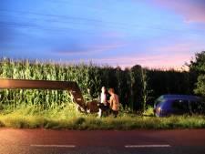 Auto raakt te water in Barneveld