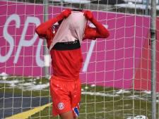 Zirkzee drie wedstrijden geschorst na rode prent bij beloften