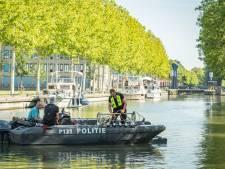 Politie doet onderzoek in kanaal Nieuwegein naar WK-moord op Richard Houtveen